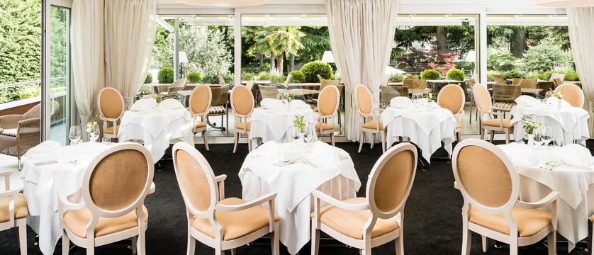 Hotel Meranerhof, Merano, Italy - dining room.jpg